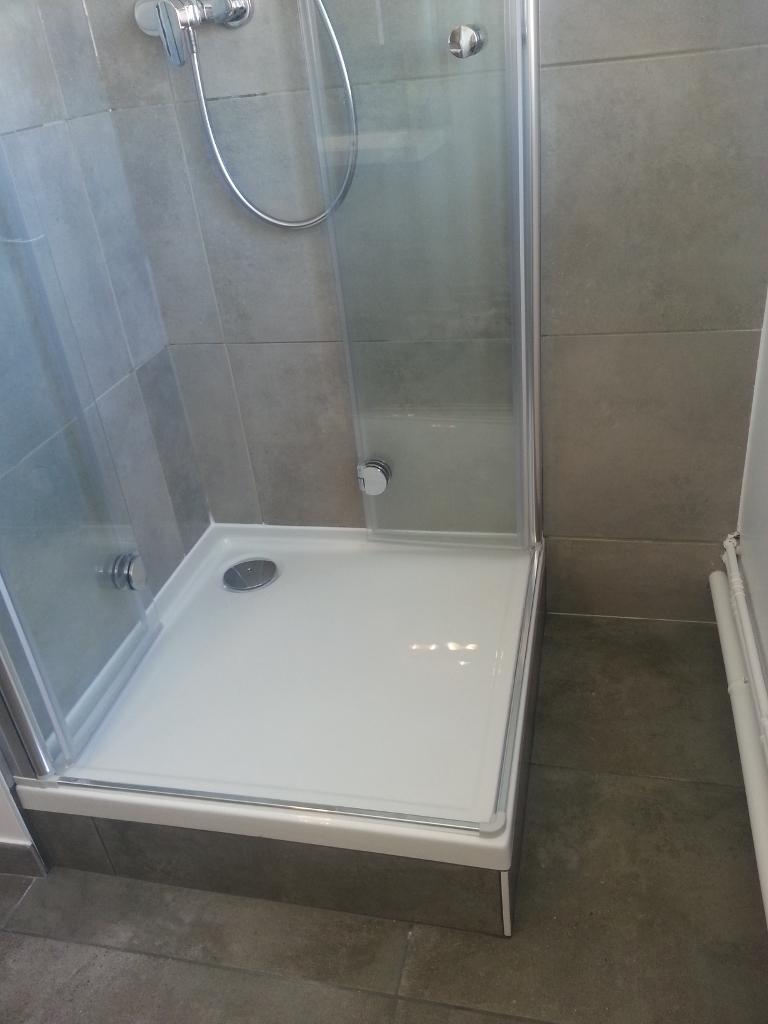 r alisation salle de bain 27 salle de bain dijon carrelage meubles de salle de bain. Black Bedroom Furniture Sets. Home Design Ideas